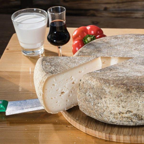 גבינת עדנה חוות קורנמל