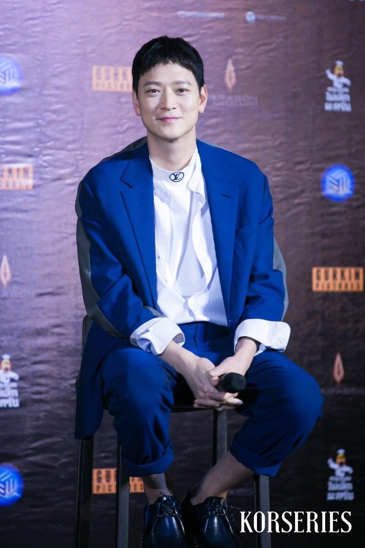 คังดงวอน ในงานเปิดตัวภาพยนตร์ Golden Slumber รอบปฐมทัศน์ที่ประเทศไทย