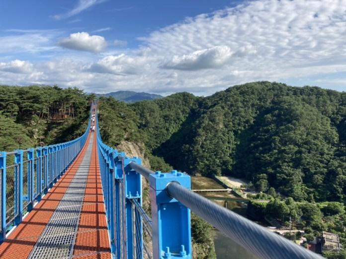 สะพานแขวน สถานที่ถ่ายทำซีรีส์ It's Okay to Not Be Okay