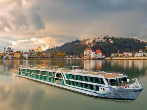 Amadeus Cara Riverboat