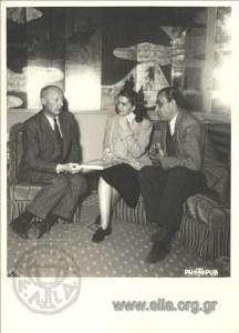 O Roger Milliex με τη Βάσω Μανωλίδου και το Γιώργο Παππά. Πηγή: Αρχείο ΕΛΙΑ