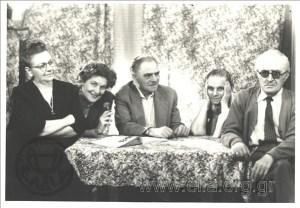 Έλλη Αλεξίου, Φούλα Χατζηδάκη, Θέμος Κορνάρος, Γαλάτεια Καζαντζάκη, Μάρκος Αυγέρης. Φωτογραφία από το αρχείο του ΕΛΙΑ.
