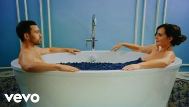 Photo of MAX Ft SUGA (BTS) – Blueberry Eyes lyrics