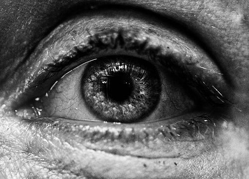 eye black and white photo