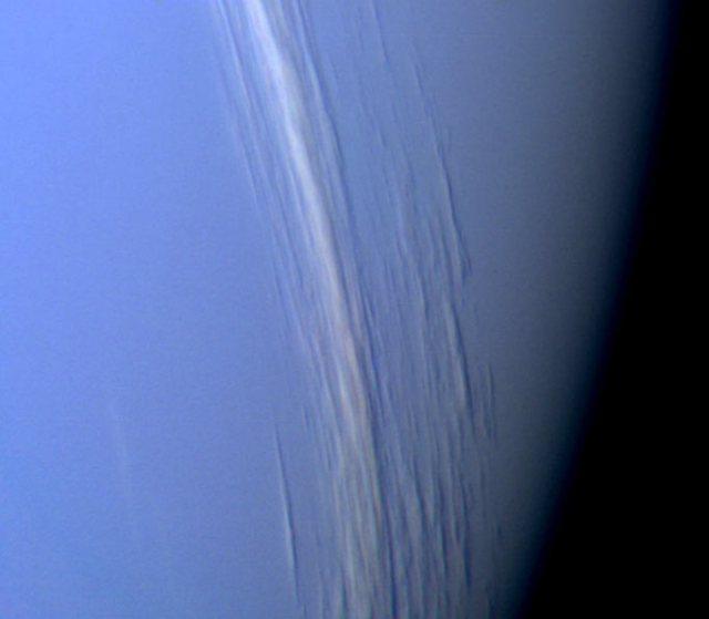 Neptün atmosferindeki bulut oluşumları