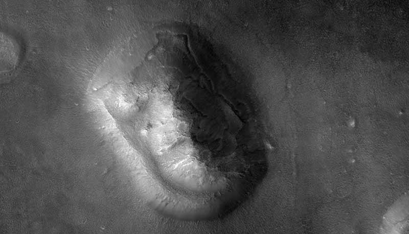 Mars_face_HiRISE_MRO