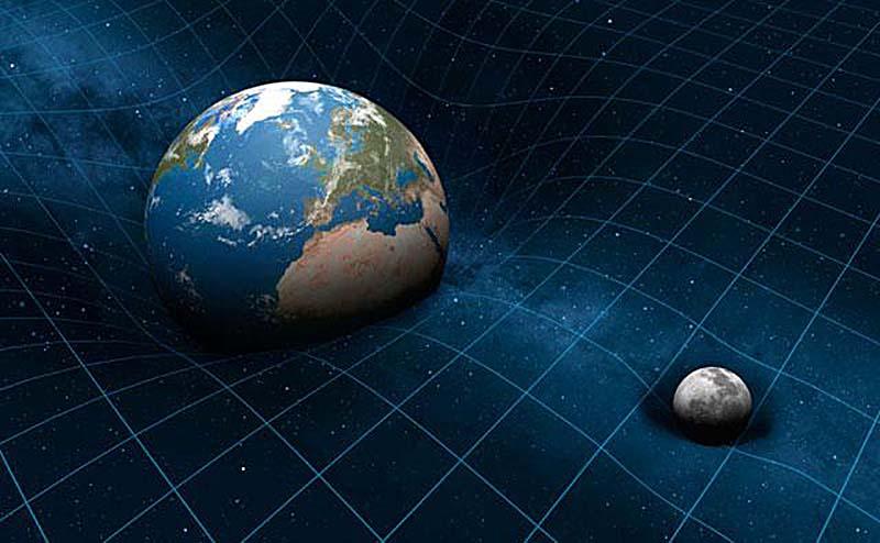 Her cisim, Dünya ve Ay da dahil (hatta siz bile); kütlesi oranında uzay-zamanı büker.