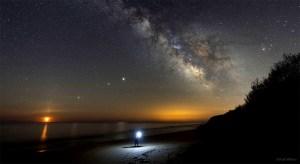 Güneş Doğmak Üzereyken Görülen Parlak Yıldızlar (Hepsi Gezegen!)