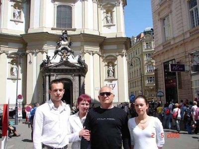Tóth Attila és családja