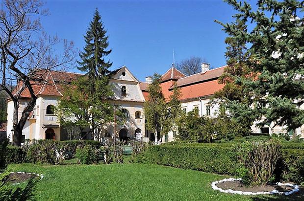 görgényi királyi vár (2)
