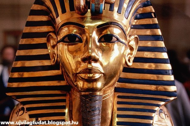 nefertiti tutanhamon arany halotti maszk s_r felt_r_s rejtett kamra helyis_g reeves r_g_sz egyiptom f_ra_ kir_ly radar t_rt_nelem-2015-_j vil_gtudat