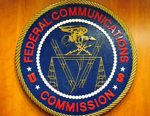0930 oag fcc - La FCC publica nuevas reglas de la Parte 95 en el Registro Federal
