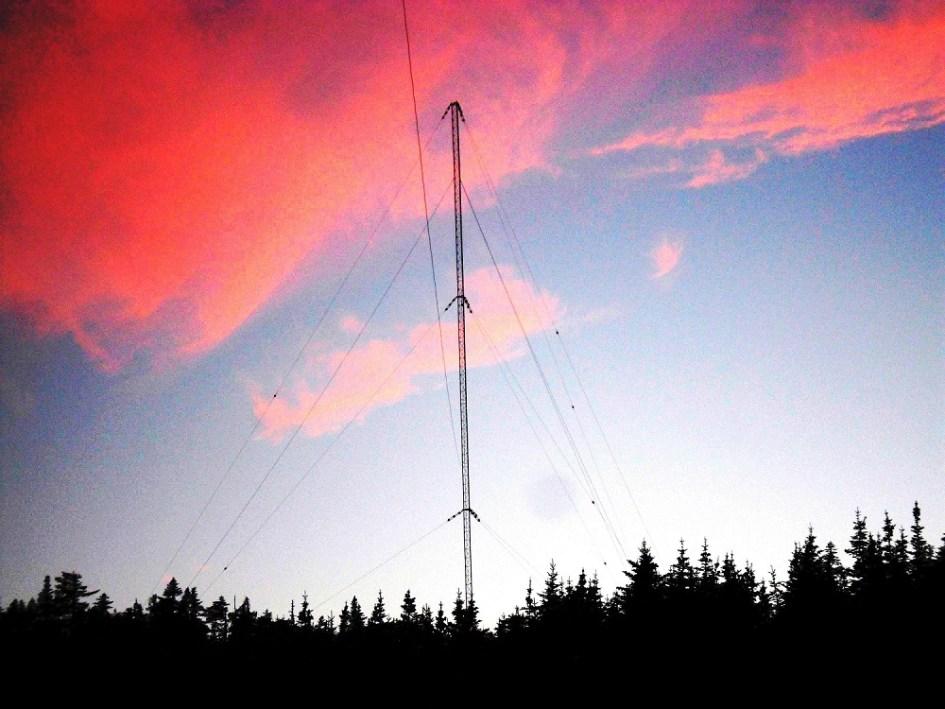Nueva baliza de 2200 metros en el aire desde Australia, KP3AV Systems