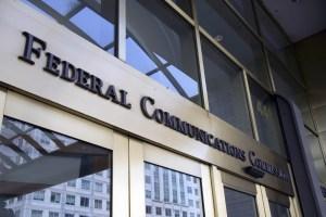 fcc - FCC limita operaciones en su portal de Internet