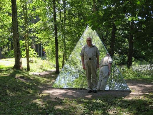 K Peter Dahlström som pyramidabel turfare.