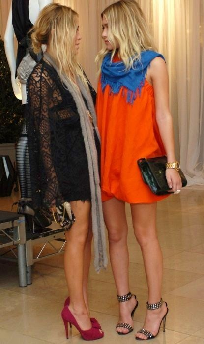 Olsen-twins-lace-dress-orange-shift-spring-fashion