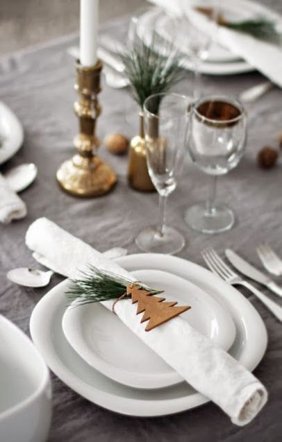 Holiday-table-simple-2