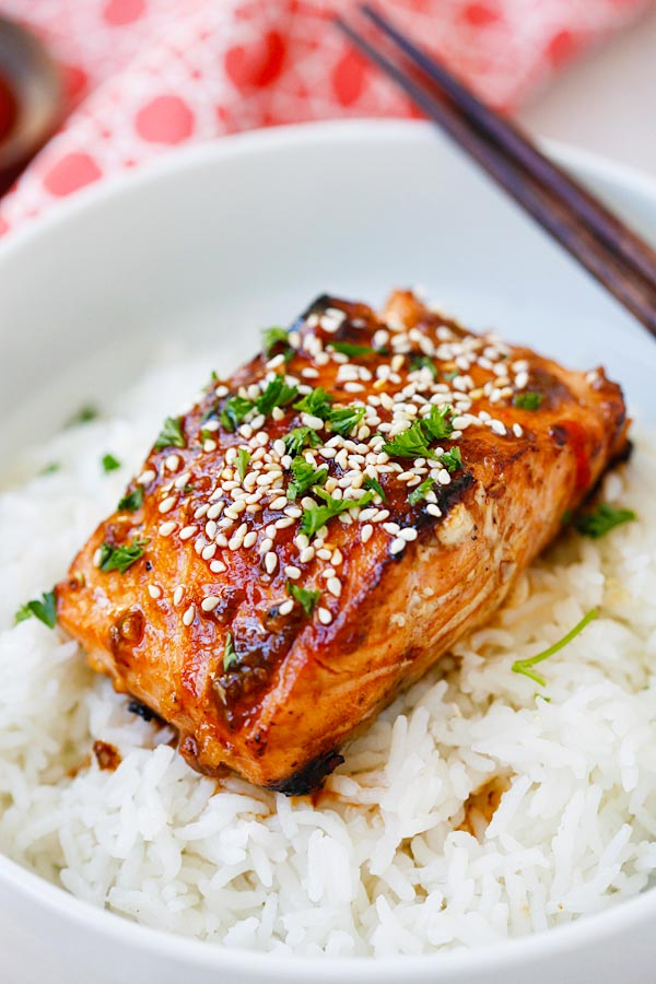 Sweet Spicy Sriracha Glazed Salmon
