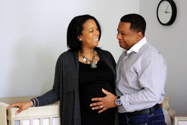 maternity-shoot-couple