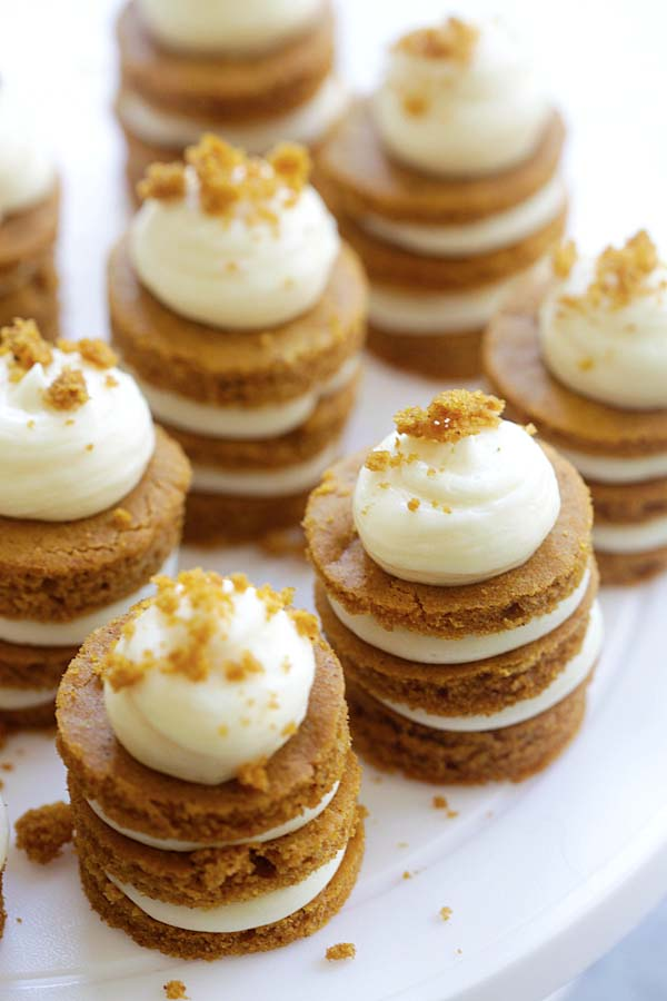 mini-pumpkin-layer-cake