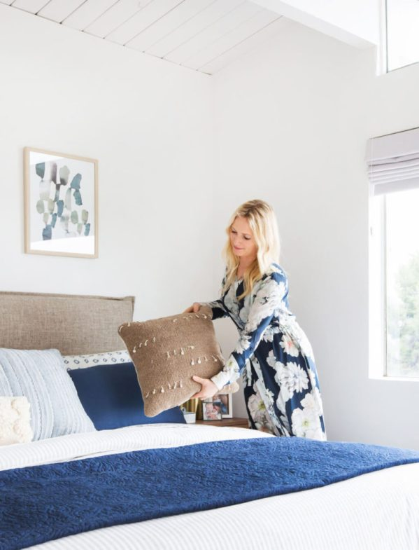 HOW TO REFRESH YOUR BEDROOM ON A BUDGET