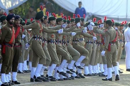 Modi Sarkar discusses military training plan...