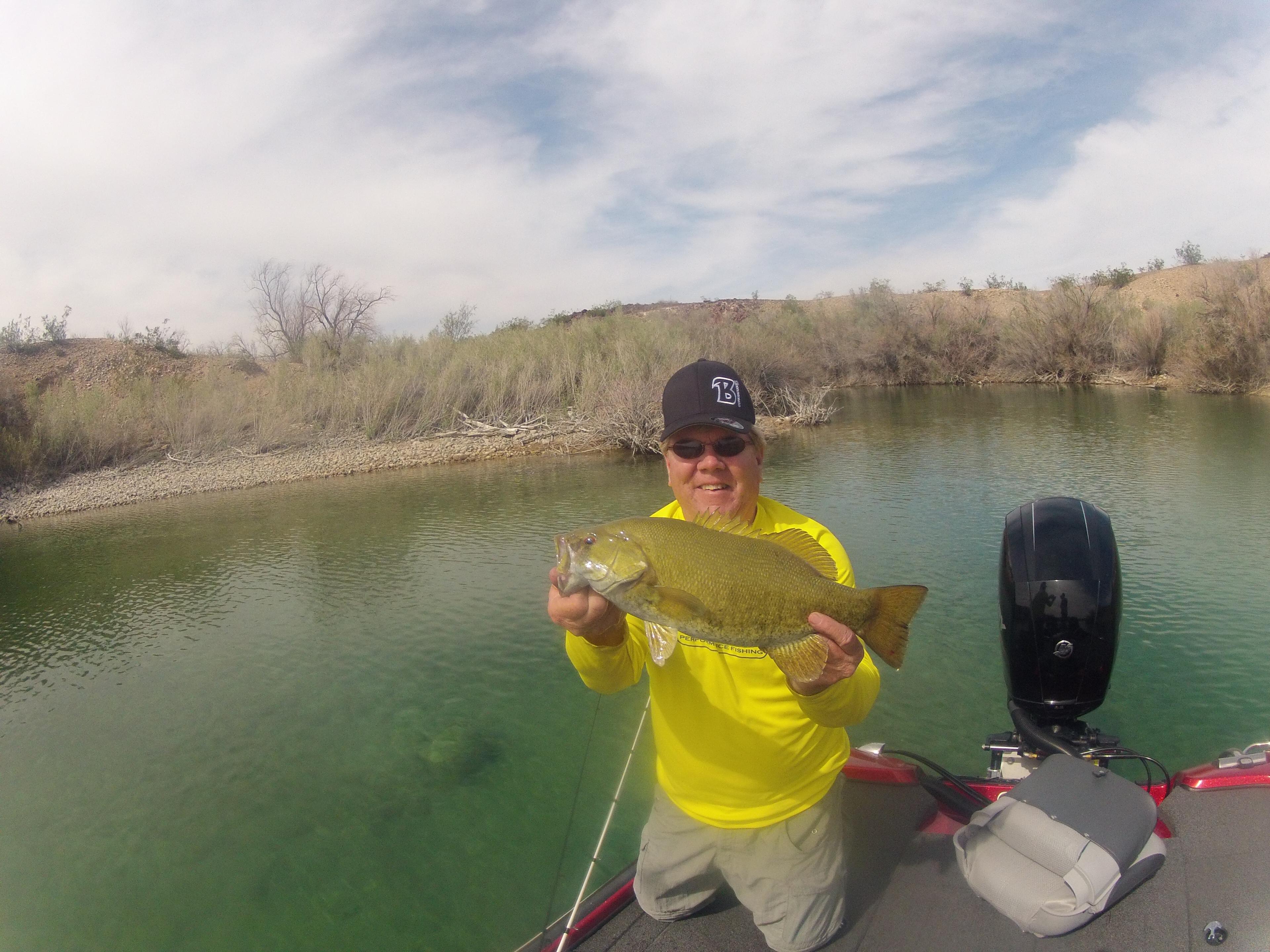 Water clarity guide for choosing baits bass fishing for Deep water bass fishing