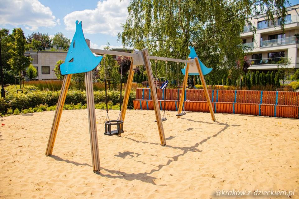 plac zabaw w Parku Dębnickim