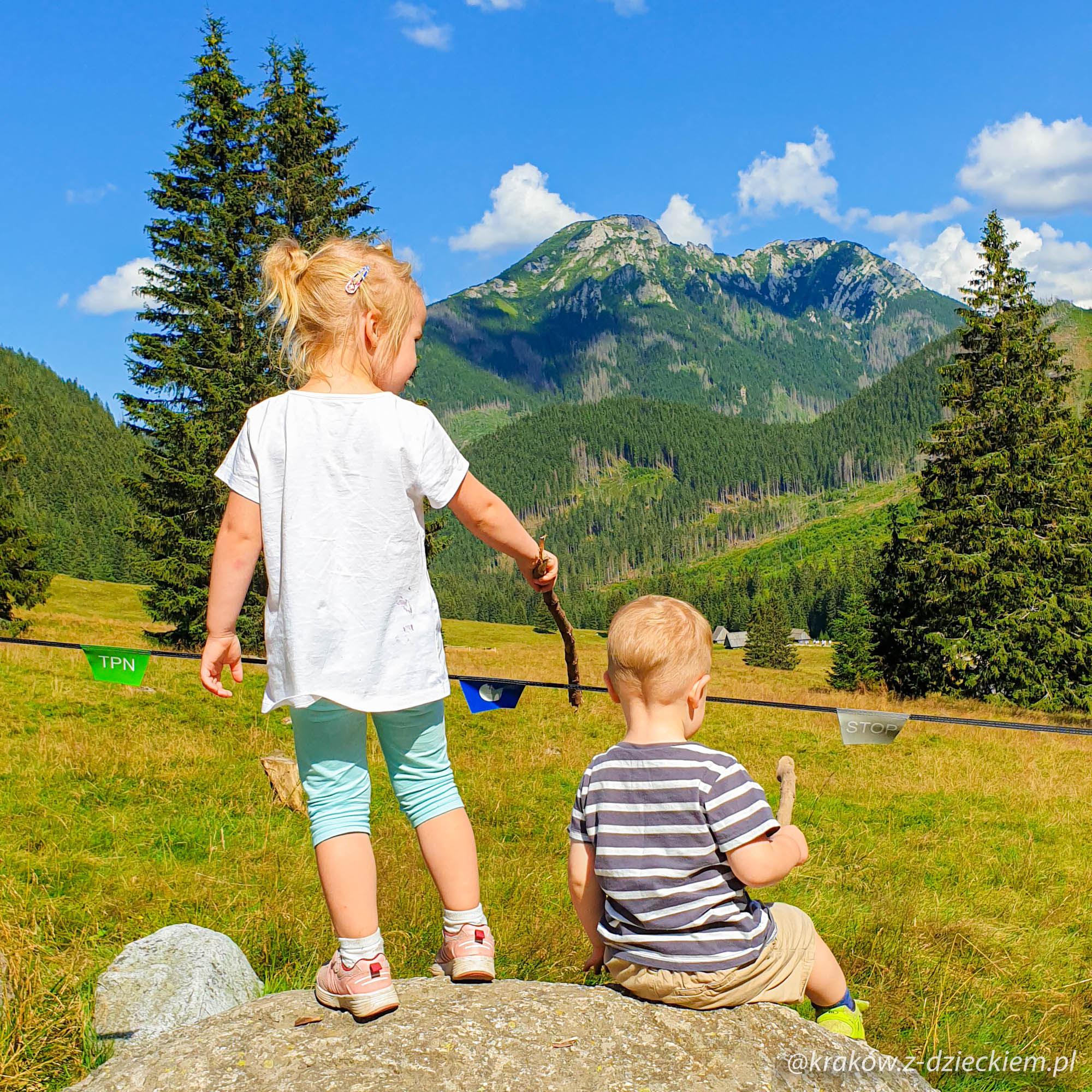 Dolina Chochołowska z dzieckiem