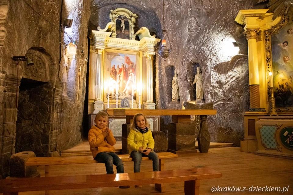 kaplica w kopalni soli w Bochni