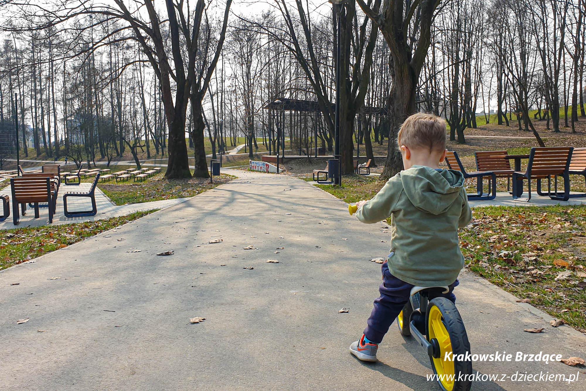 Park Tysiąclecia, spacer