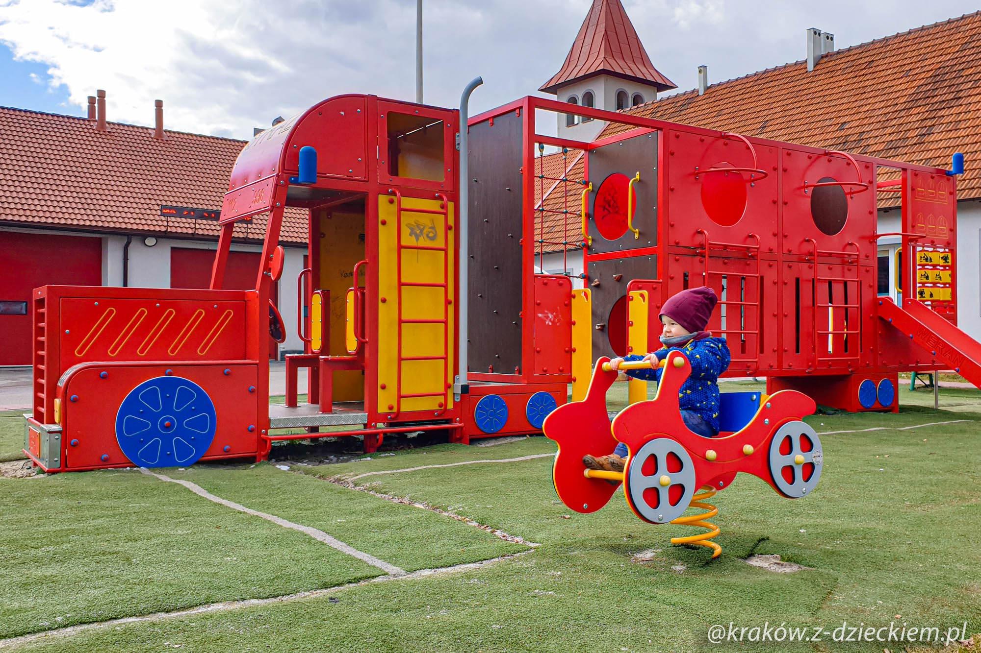 strażacki plac zabaw Staniątki