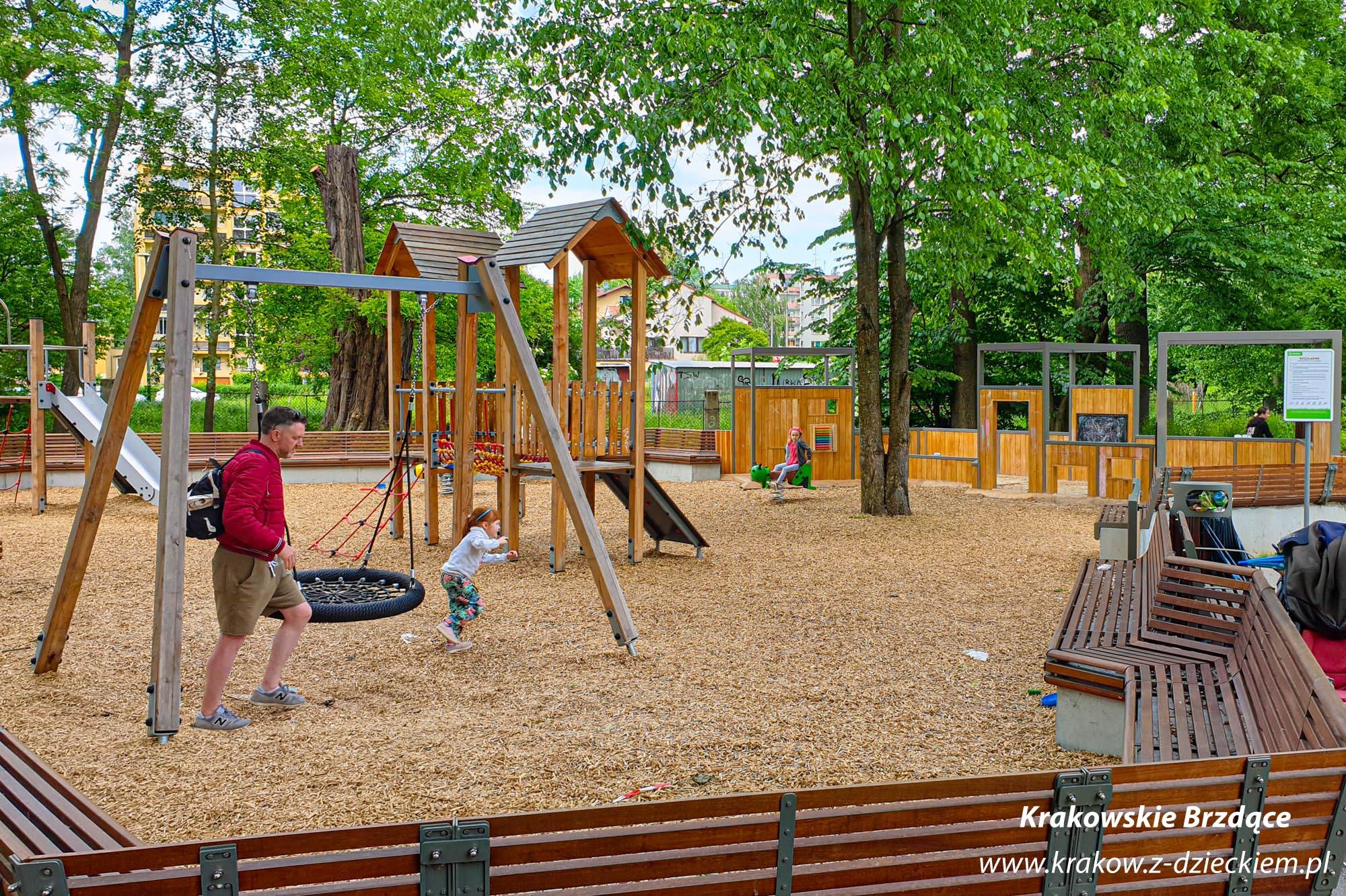 park naczelna, plac zabaw
