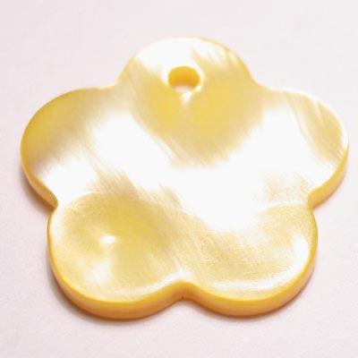 parelmoer hanger bloem geel 18 mm