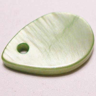 parelmoer hanger druppel groen 13 mm