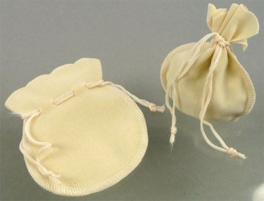 stoffen cadeautasje creme 105x90 mm