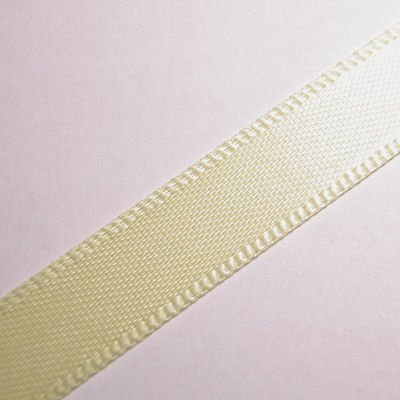 satijnlint 10 mm zachtgeel