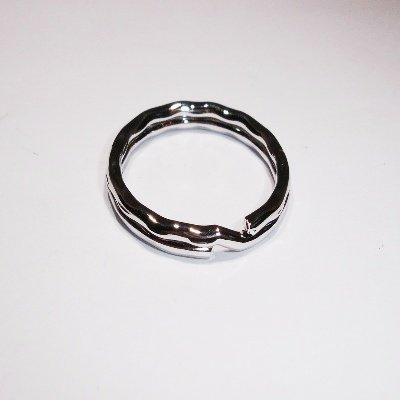 sleutelhanger ring zilver 28 mm ribbel