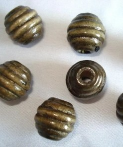 Houten Kralen bruin met ribbel 14mm