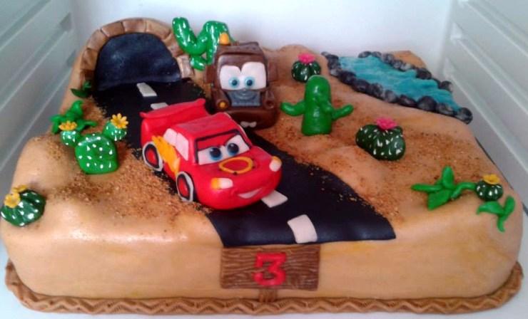 Dětský dort na motivy filmu Auta