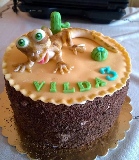 Dětský dort s ještěrkou