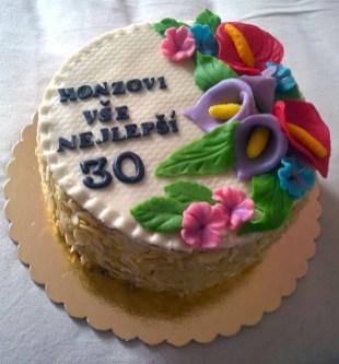 Narozeninový dort s oplatkou