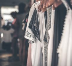 šatník oblečenie