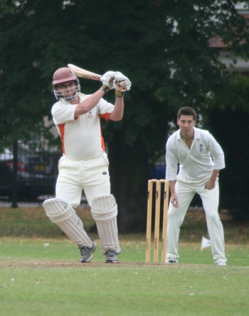 Gilo hits 1k mark in 93-run win over Hawksmoor CC on Hackney Marshes