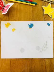 Cabane à oiseaux à colorier