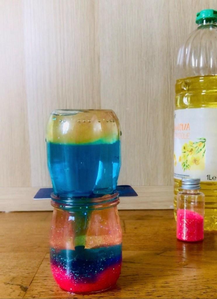 Expérience pour enfant la densité des fluides