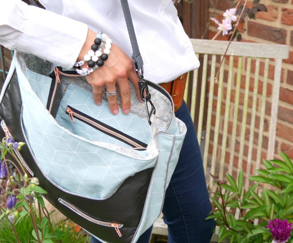 Handtasche Anouk mit innenliegendem Reißverschlussfach von Frau Fadenschein