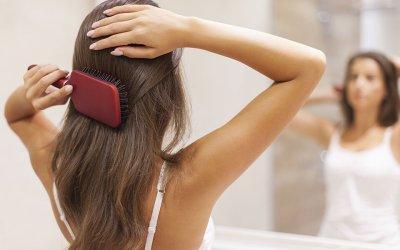 Przy jakich chorobach wypadają włosy?