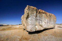 Australia - Tasmania - Bicheno - Coast Line - The Rock