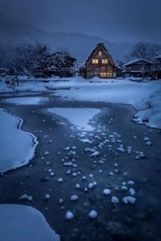 Japan - Gifu - Shirakawago - Nach dem Schnee
